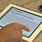 Livros - Colégio do DF inclui tablets na lista de material de 2012