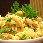 Culinária - Salada de macarrão parafuso