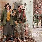 Cinema - Filme de guerra de Angelina Jolie choca Sarajevo