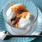 Culinária - Ovos nevados com chocolate e biscoito