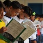 Livros - Pesquisa revela que brasileiro lê, em média, quatro livros por ano
