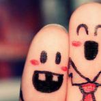Capas para facebook: Dedos desenhados (love fingers)