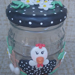 Arte & Cultura - Galinha d´angola, vidro decorado em biscuit