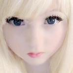 Curiosidades - Inglesinha bizarra se orgulha de ser boneca humana.