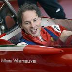 Fórmula 1 - Jacques Villeneuve pilota Ferrari do pai em Fiorano