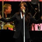 Música - Cantora Donna Summer morre vítima de câncer