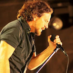 Música - Pearl Jam declara seu amor pelo Brasil no Facebook