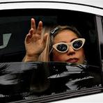 """Música - Lady Gaga diz que está """"devastada"""" por concerto anulado"""
