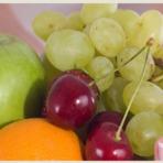 Saúde - Comer mais frutas ajuda a parar de fumar