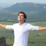 Música - Daniel lança clipe romântico