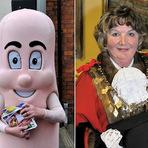 Entretenimento - Prefeita britânica é alvo de críticas após usar fantasia de salsicha