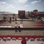 Entretenimento - Israelenses jogam gamão gigante na praia