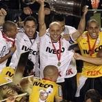 Futebol - Corinthians é campeão da Libertadores da América