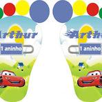 Design - Convites em forma de pés