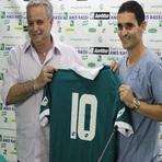 Futebol - Caio é apresentado no Goiás
