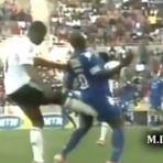 Futebol - Será que ele mereceu ser expulso?