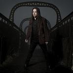 "Música - Andre Matos: Confira o vídeo lírico da faixa ""Course of Life"" extraído do álbum ""The Turn Of The Lights"" 2012"