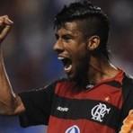 Futebol - Léo Moura é homenageado na Barra da Tijuca