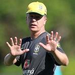 Futebol - Brasil X África do Sul - De volta aos braços do povo?