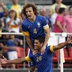 Futebol - Seleção Brasileira vence por 1 a 0 a África do Sul