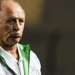 Futebol -  Demissão do treinador foi cogitada durante a madrugada e confirmada