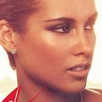 "Música - Alicia Keys canta ""Girl On Fire"", no Talk Show 'Skavlan'"
