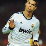 Futebol - Cristiano Ronaldo e Messi dão show mas Barcelona e Real Madrid ficam no empate