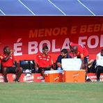 Futebol - Flamengo atrasa dois meses de salário e jogadores chiam pelos cantos Leia mais