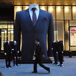 Entretenimento - Shopping da China tem paletó gigante