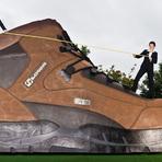 Diversos - Maior bota de caminhada do mundo!!!