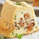 Culinária - Bolo de Batata Recheado com Sardinha