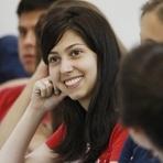 Educação - Estudar faz pessoas serem mais felizes e viverem mais, aponta estudo da OCDE