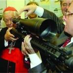 Negócios & Marketing - Banco do Vaticano é o principal acionista da maior indústria de armamentos do mundo
