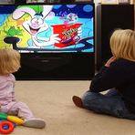 Entretenimento - Saiba como usar a televisão para educar seus filhos