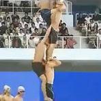 Esportes - Japoneses criam novo jeito de bater o recorde mundial da natação