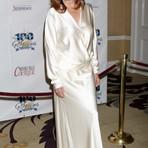 Entretenimento -  Joanna Cassidy entra para o elenco de Bones