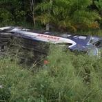 diHITT & Você - Acidente grave de ônibus na Bahia deixa dez mortos e 21 feridos