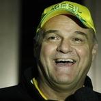 Basquete - Oscar Schmidt faz contra um câncer a partida mais dramática de sua vida