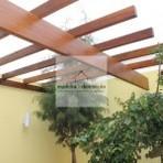 Arquitetura e decoração - Os pergolados de madeira são uma excelente opção para a decoração de áreas externas.