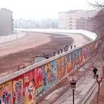 Educação - O muro de Berlim foi uma construção feita em 1961!
