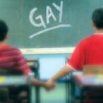 Internacional - França quer promover igualdade de sexos a partir da escola