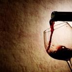 Saúde - Vinho tinto faz mesmo bem à saúde?