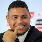 """Copa do Mundo - """"Fenômeno não vê problema em troca de seleção e diz que gostaria de ver argentino ou Cristiano Ronaldo com a amarelinha"""""""