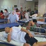 Saúde - Maior hospital de urgência do Piaui tem 100 pacientes internados no corredor
