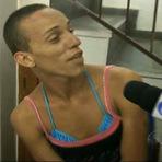 Opinião e Notícias - Ela é acusada de roubo, diz que gosta da cadeia, tem marido e muitos namorados presos.