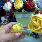 Pintura - Rosas feitas com tecidos.