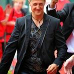 Médico-chefe afirma que os fãs de Michael Schumacher já podem começar a se despedir do heptacampeão.