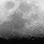 Espaço - 5 teorias bizarras sobre como a Lua se formou