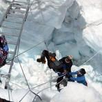 Internacional - Número de mortos em avalanche no Everest chega a 13