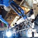 Negócios & Marketing - Produção industrial recua em 7 áreas em março